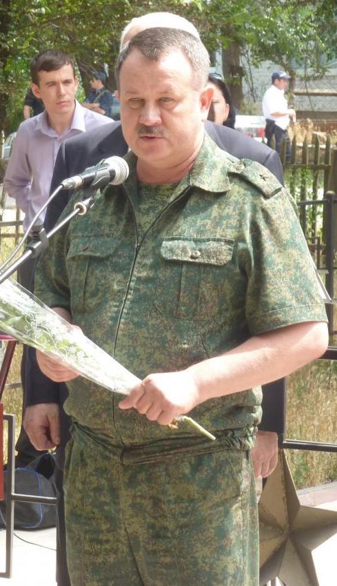 Поздравления от военного комиссара 27